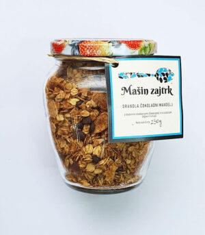 Mašin zajtrk granola čokoladni mandelj