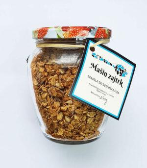 Mašin zajtrk granola sredozemska figa